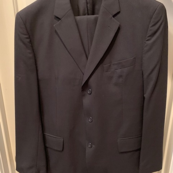 Jos. A. Bank Other - Jos. A. Bank Dark Blue Suit - Coat 41 R and Pants